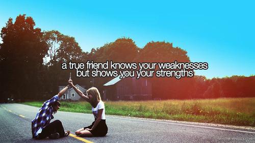 Den bästa gåvan är att hjälpa någon att lyfta blicken och fokusera om. Bild från http://weheartit.com/entry/12618496