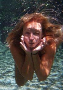 Havet är djupt! Svalka i norra Queensland.